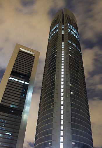 Torre Sacyr Vallehermoso %26 Torre Caja Madrid de noche - at night