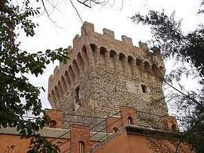 Torre del molino sul fiume Tevere