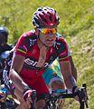 Tour de France 2012, cadel in moeilijkheden op de peyresourde (14683265138).jpg