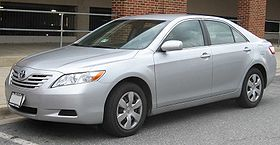 http://upload.wikimedia.org/wikipedia/commons/thumb/2/24/Toyota_Camry_LE.jpg/280px-Toyota_Camry_LE.jpg