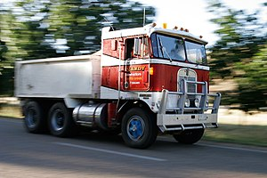Cab over - Kenworth cab-over dump truck