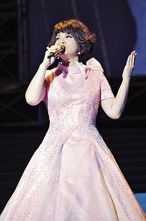 Tsai Chin (singer) - Tsai Chin in concert, 2008.