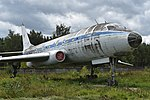 Tupolev Tu-104AK '46 red' (27806274259).jpg