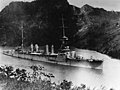 USS Richmond (CL-9) on the Pnanama Canal in February 1925.jpg