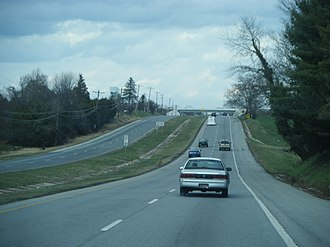 Delaware State Route System - Northbound US 13 on the divided Dupont Highway past DE 896