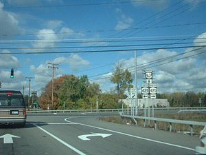 New York State Route 3 - The original western terminus of NY 3 near North Tonawanda. When it was first assigned, NY 3 left this junction on modern NY 425 northbound (right).