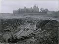 Under utgrävning 16-5 1933 Utgrävningarna av ett mindre skepp från 1600-talet. Fynd nr XIII - Sjöhistoriska museet - Fo20801.tif