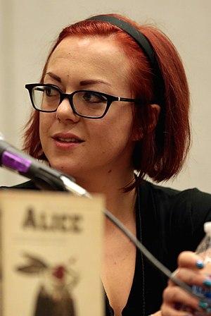 V. E. Schwab - Schwab at the 2017 Phoenix Comicon