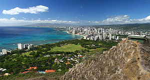 View of the Waikiki Beach from the rim of the ...