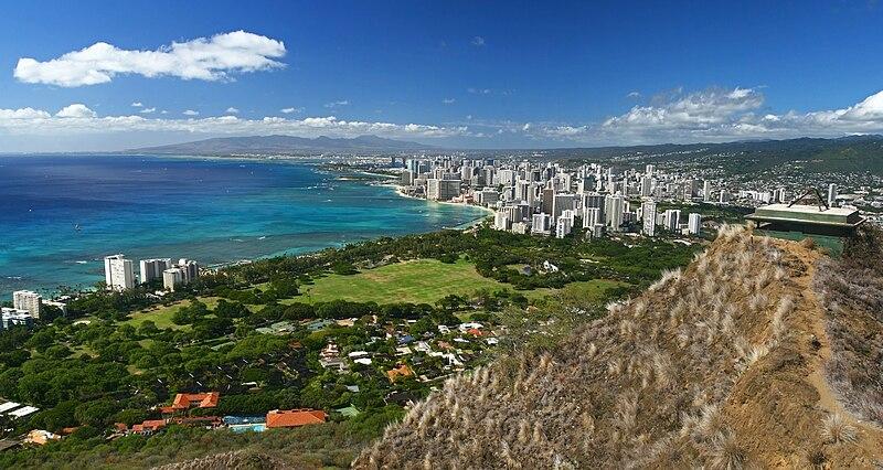 File:View from Diamond Head Rim at Hawaii.jpg