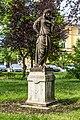 Villach Peraustraße Schillerpark Statue der Amaltheia mit Füllhorn 28052018 3467.jpg