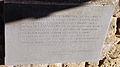Vinci, castello dei conti guidi, lapide leonardiana 01.JPG