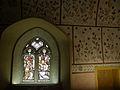 Vitrail et fresque murale dans l'église d'Engollon.jpg