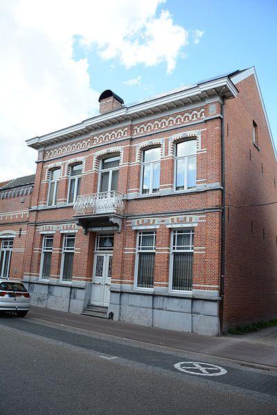 Halfvrijstaand herenhuis in eclectische stijl, Vrijheid 43, Arendonk