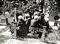 Vrouwen rusten uit op kerkhof - Women taking a rest in a churchyard (6288419873).jpg