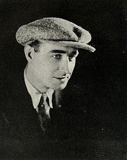 WP Frank Lloyd 1920.jpg