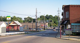 Williamstown, West Virginia - Highland Avenue in Williamstown in 2007, as viewed from the south end of the Williamstown Bridge