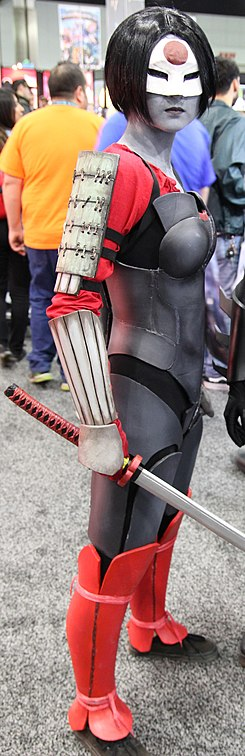 Wondercon 2016 - Katana and Cassandra Cain Cosplay (25476126024) (cropped).jpg