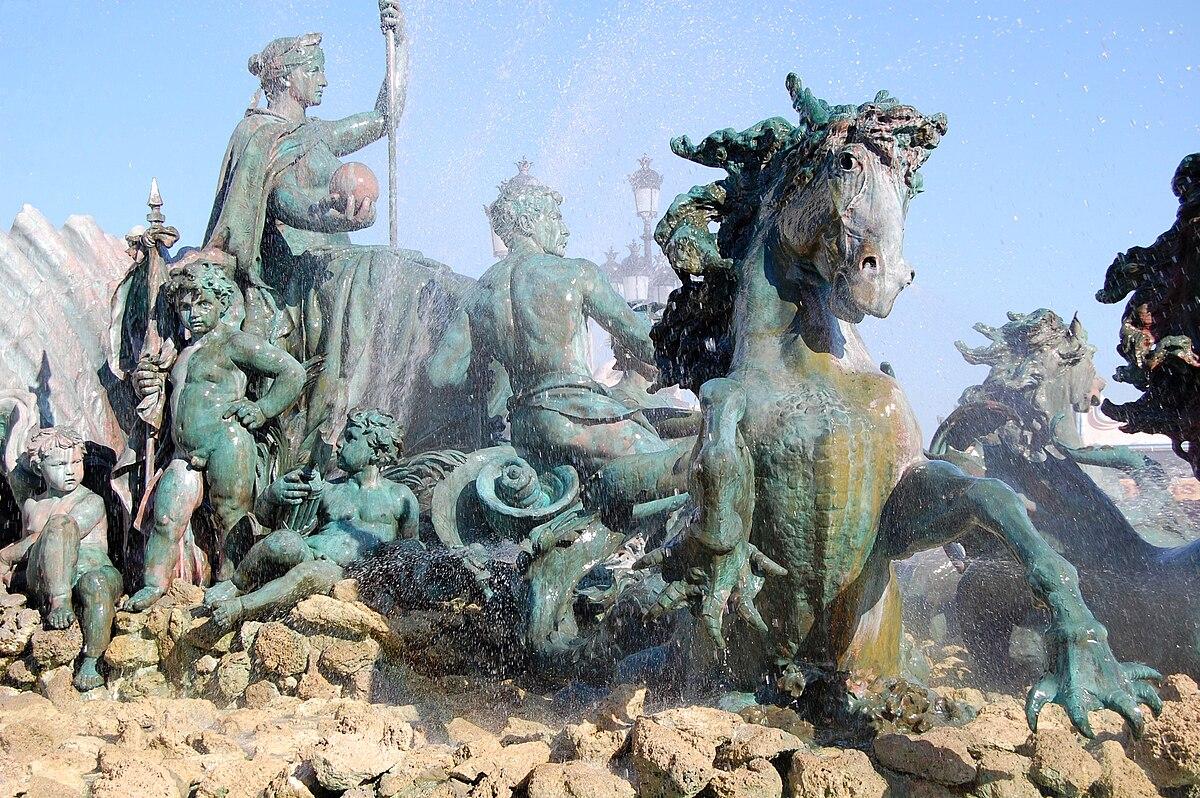 XDSC 7621-fontaine-colonne-de-la-colonne-des-Girondins.jpg