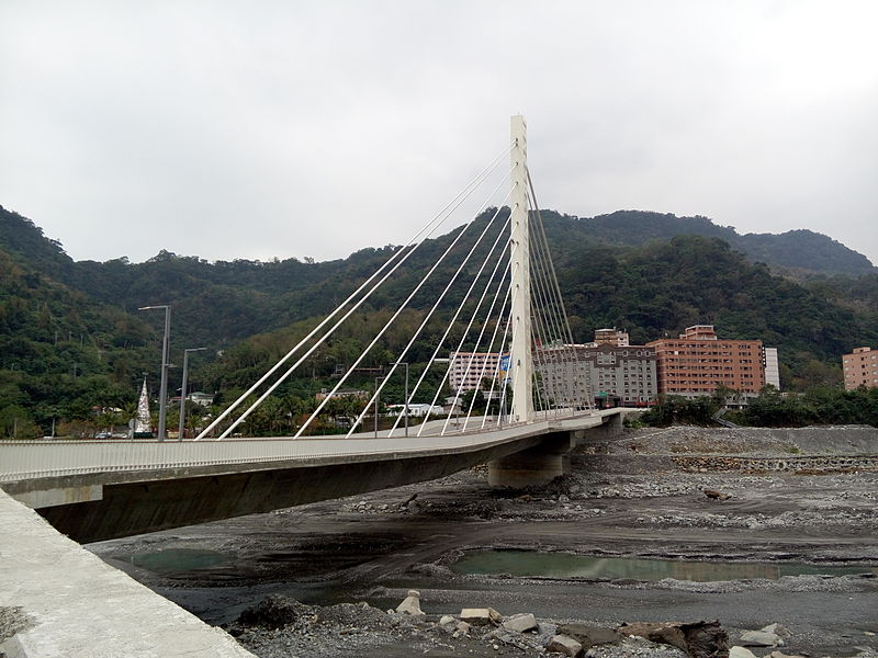 ファイル:Yong-Nan Bridge02.jpg