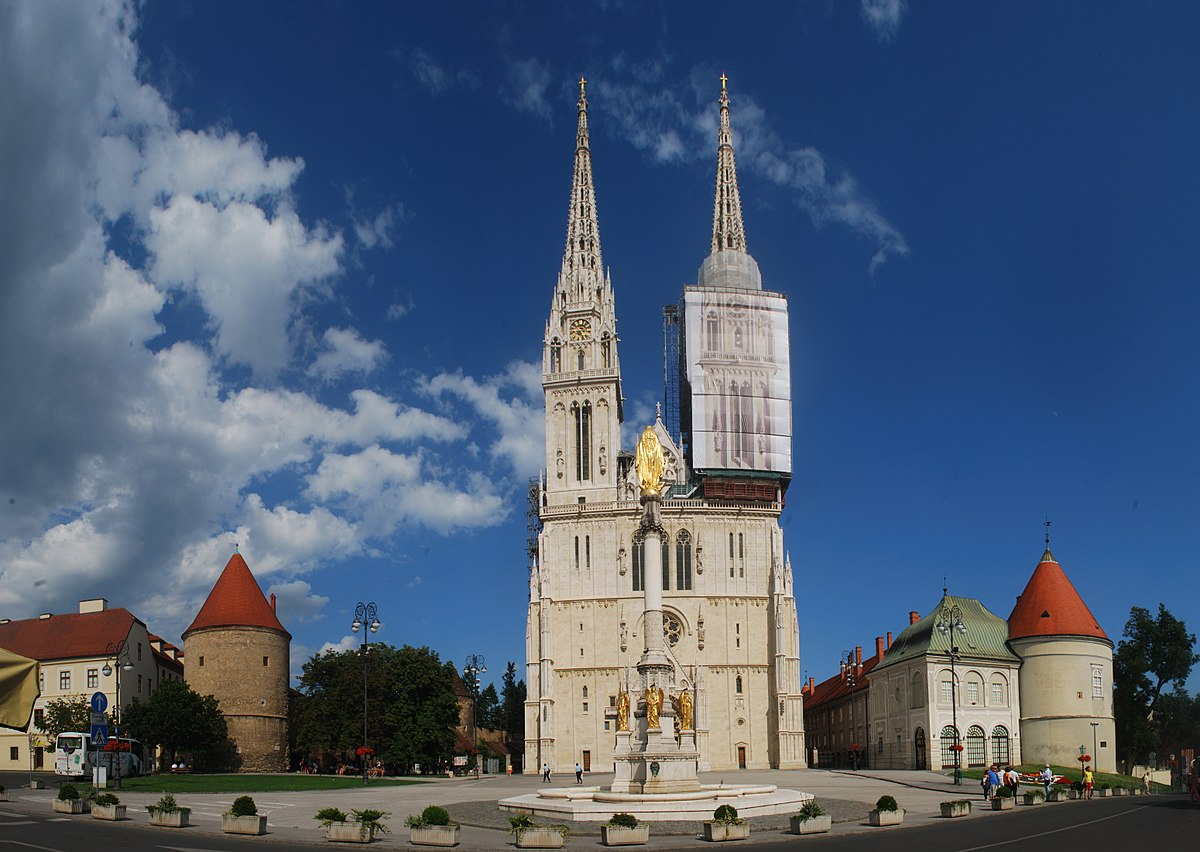 a geographical overview and history of zagreb croatia Croatia is located in the south of central europe, nestled between slovenia and bosnia and zagreb is the countries capital an old city dating back to 1094 ad.