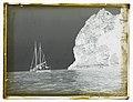 """Seagull Auckland"" boat near Motukokako Island (AM 87932-2).jpg"