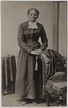Photo of Tubman standing