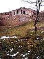 Аракюль.церковь Сурб Мариам Аствацацин,разрушенная азербайджанцами в 1993-93гг.jpg