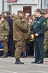 Президент України Петро Порошенко привітав молодих офіцерів з випуском 514 (16945743025).jpg