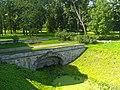 Пушкин. Александровский парк. Руинный мост у ворот-руин04.jpg