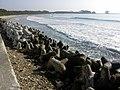 お伊勢浜海水浴場Oise-hama kaisuiyokujyou.jpg