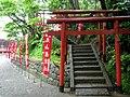 鶴岡八幡宮の北側入り口 - panoramio.jpg
