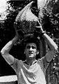 02 Carlo Zauli, vittoria Premio Faenza, 1953.jpg