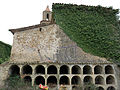 043 Cementiri abandonat de Marmellar, rere l'església, nínxols.JPG