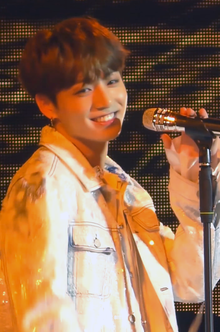 181016 Jungkook performing Euphoria in Berlin (2).png