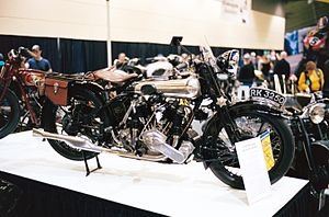1924 Brough Superior SS 80 right.JPG
