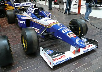 Williams FW18 - Image: 1996 Williams Renault FW cropped