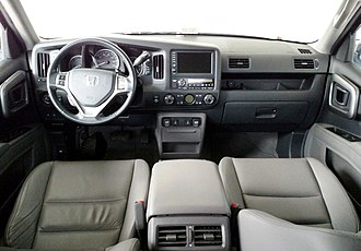 Honda Ridgeline - Example of the forward cabin of a 2009-2014 U.S. RTL with navigation, EX-L with navigation, or Touring trim
