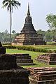 201312131255b HL ps Sukothai, Wat Mahathat - Wat Chaha Songkhram.jpg