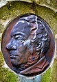 2015-01-31 Der Erfinder, Ingenieur Edmund Heusinger von Waldegg, Porträt-Medaillon Stadtfriedhof Engesohde, Hannover.jpg