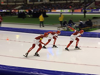 Ted-Jan Bloemen - Bloemen (in the middle) during the teampursuit at the 2015 World Single Distance Speed Skating Championships