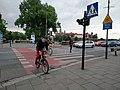 20200514 165131 przejazd i przejście, Wawel w tle.jpg