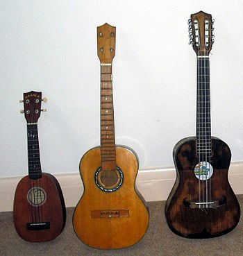 English: Soprano pineapple ukulele, Baritone u...