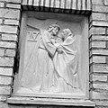 4e kruiswegstatie Jezus ontmoet Zijn Heilige Moeder, Bestanddeelnr 254-4421.jpg