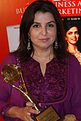 Farah Khan som prisvinnar ved 4PS Advertising & Marketing Award