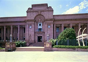 Transvaal Museum - Facade of the museum building.