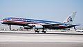 AMERICAN AIRLINES 757-200 (2393834337).jpg