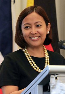 Abby-Binay pia (cropped).jpg
