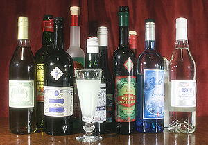 Cultural references to absinthe - Absinthe-bottles