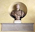 Accademia di Firenze, il chiostro 03 busto di pietro leopoldo.JPG